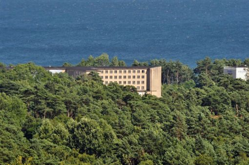 prora-across-the-trees