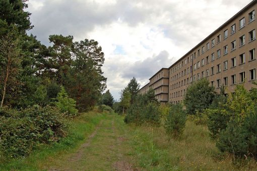 prora-back-view